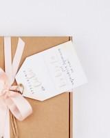 Zestaw prezentowy dla Niej - Kobieta boska tajemnica + bransoletka